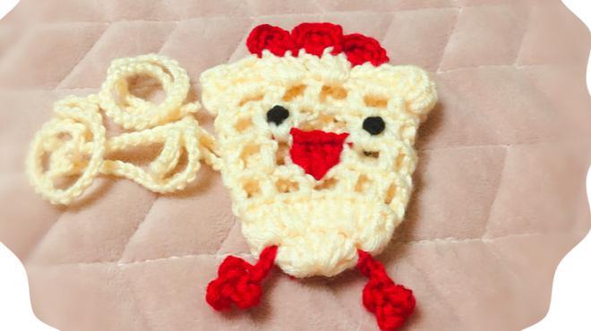 給寶寶鉤一個可愛的小雞裝蛋袋