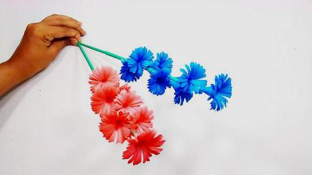 手工摺紙剪紙藝術,教你製作簡單漂亮的棒棒紙花