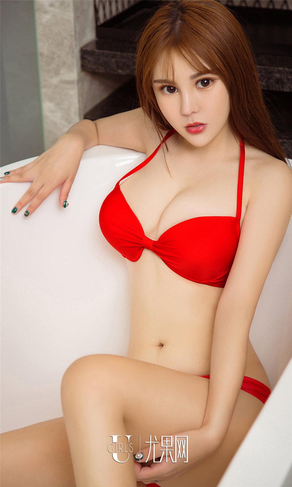 [ugirls尤果网] 性感养眼美女刘雨潼大胆高清写真图片