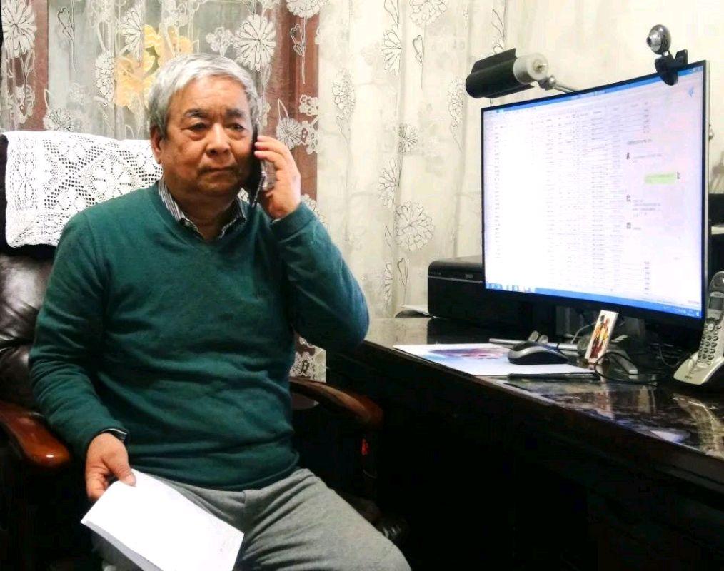 """长庆油田宝石花社区的志愿者们用行动体现出他们的防疫""""心语"""""""