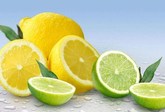 柠檬蜂蜜水有5大功效,美白养颜,减肥瘦身,喝对了才有效果!