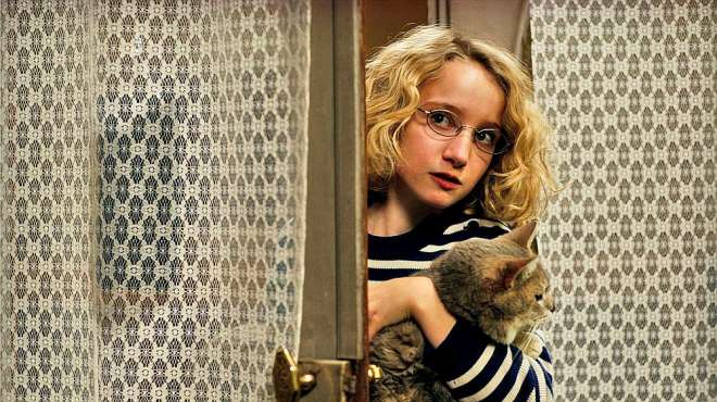 11岁天才少女,在临死前拍了一部电影,赤裸裸说出成年人的荒诞
