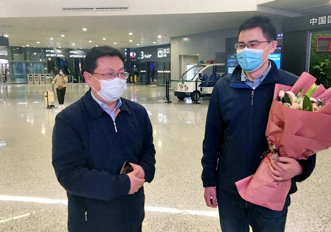 归队!上海市长宁区妇幼保健院援滇扶贫医疗队员凯旋归来