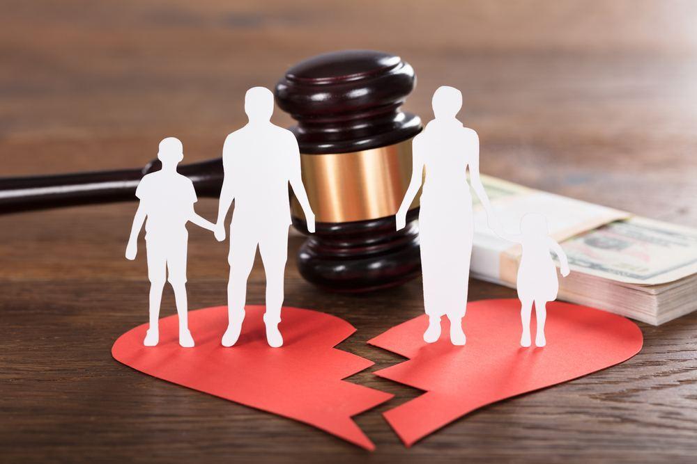 离婚纠纷被告不出庭