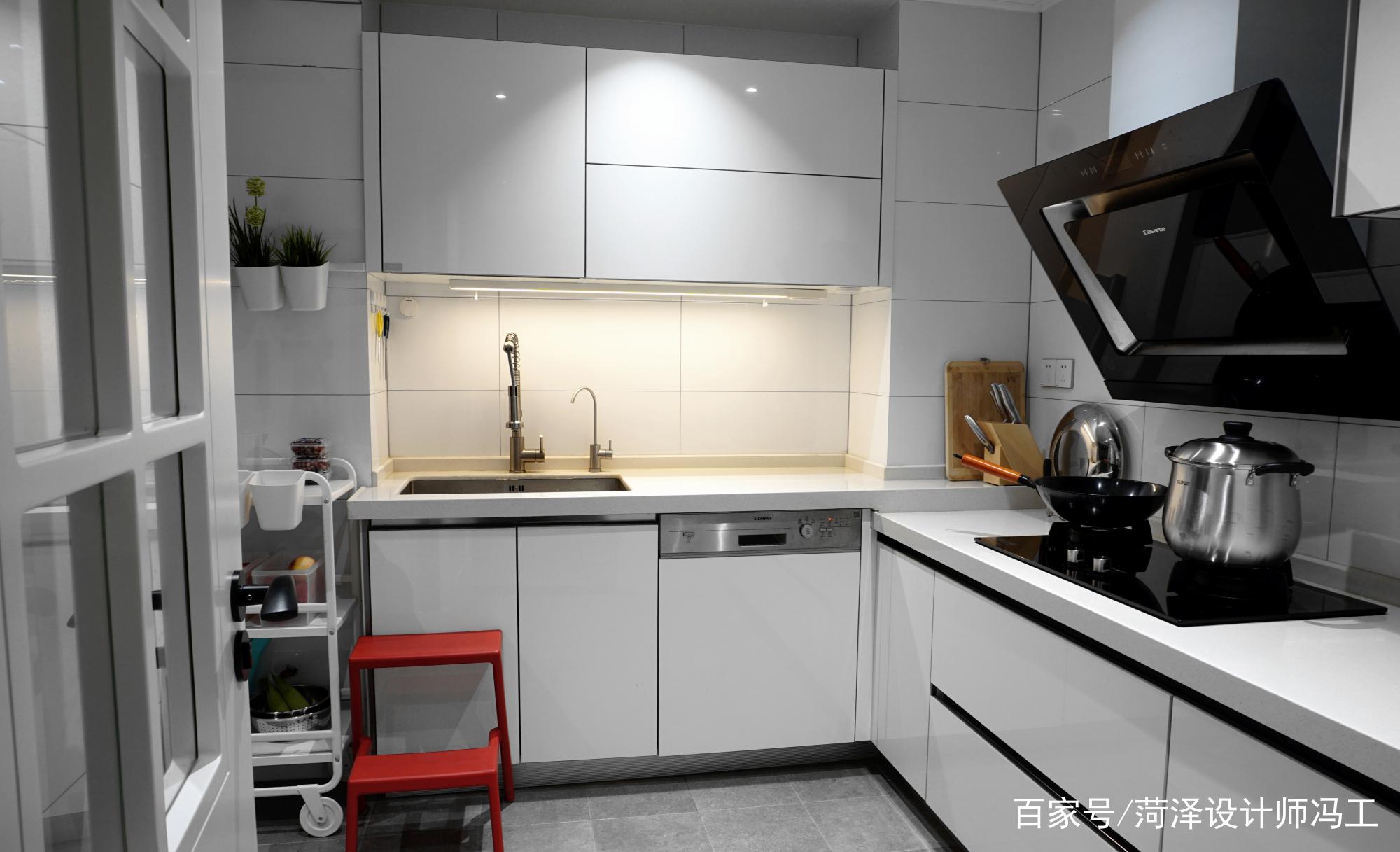 分享一个厨房装修案例!