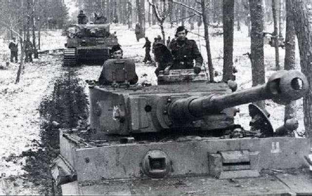 虎王坦克:威力德国最大,正面装甲几乎打不破-