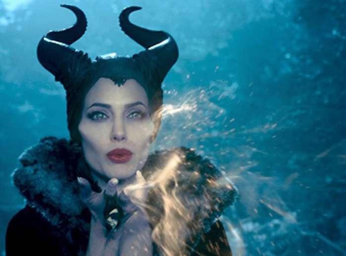 黑魔女:沉睡魔咒2 海报出炉!魔女与迪士尼公主分享可爱片场照