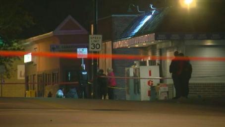 美国堪萨斯城一酒吧发生枪击案致4死5伤枪手在逃