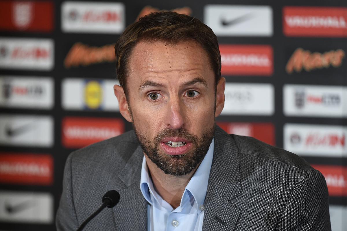 世界杯欧预赛第3轮前瞻:英格兰VS波兰,莱万伤退,谁与凯恩争锋?