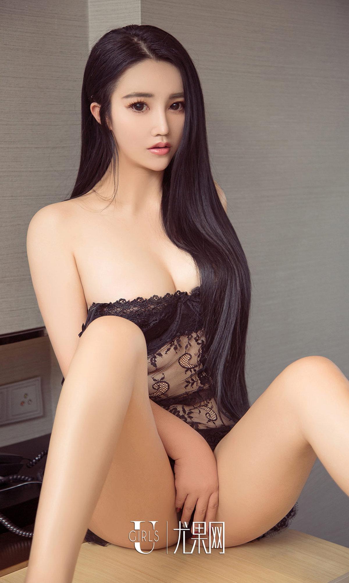 [ugirls尤果网] 极品美女菲儿性感娇躯诱惑写真图片 第