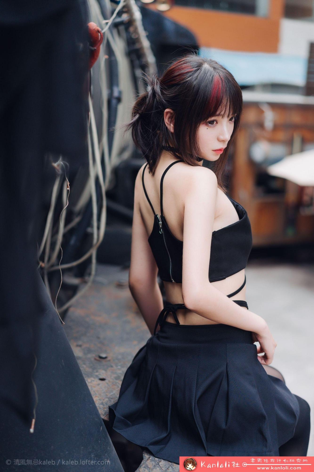 【疯猫ss】疯猫ss写真-FM-019 黑丝复古萝莉 [19P]