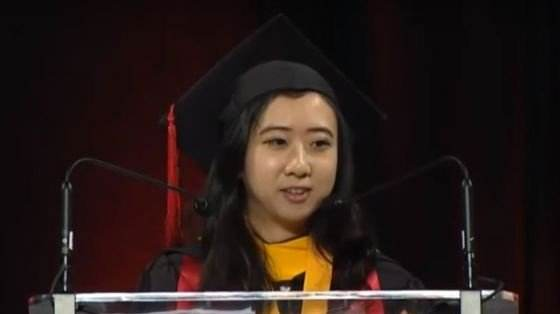 """那个说美国空气""""香甜清新""""的女留学生,如今打算回国发展了"""