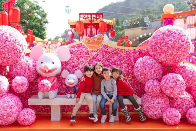 香港海洋公园新春狂欢!水豚游乐园、全新光影盛夜陪你从早嗨到晚