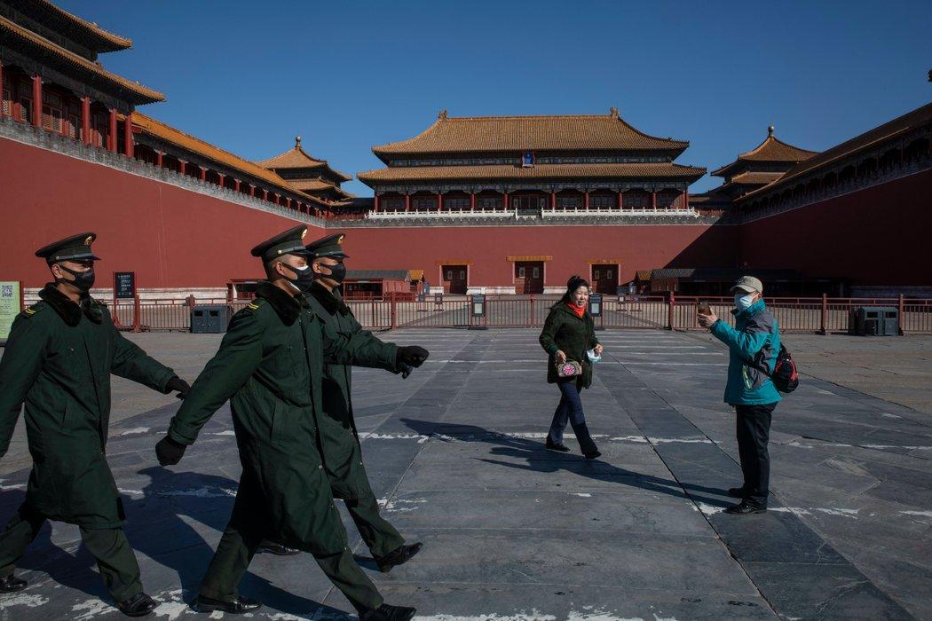 周四,北京故宫仍然对游客关闭,中国报告的本土感染新增病例降至零。