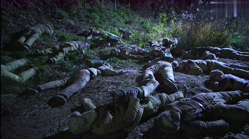 2020年最新战争电影;上甘岭战役,每次上一个,倒一个,补一个