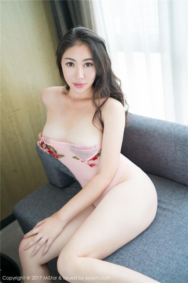 [魅妍社] 美人体大腚肥臀的女人大白兔emma性感图片 VO