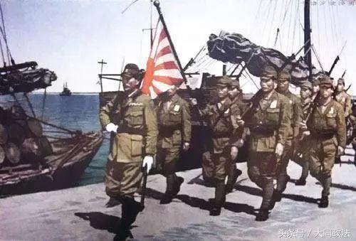 阿图岛战役:打进美国本土的日本孤军,把手榴弹绑在胸口集体自杀-