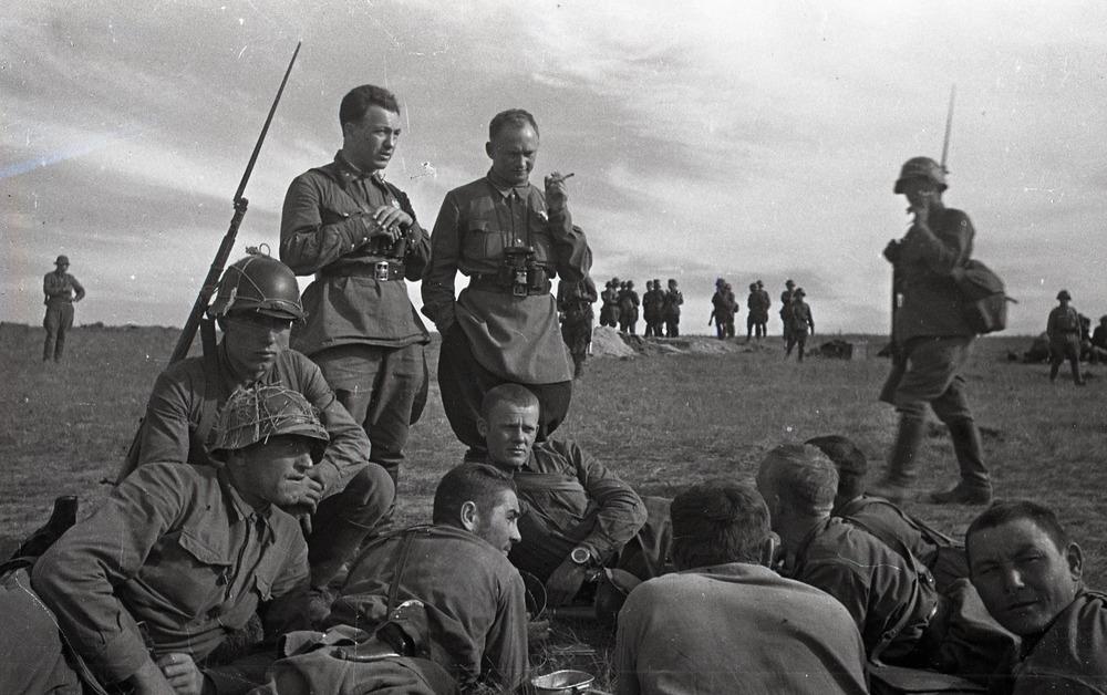 """二战时,真的是俄罗斯的""""冬天""""赶跑了德国吗?-"""