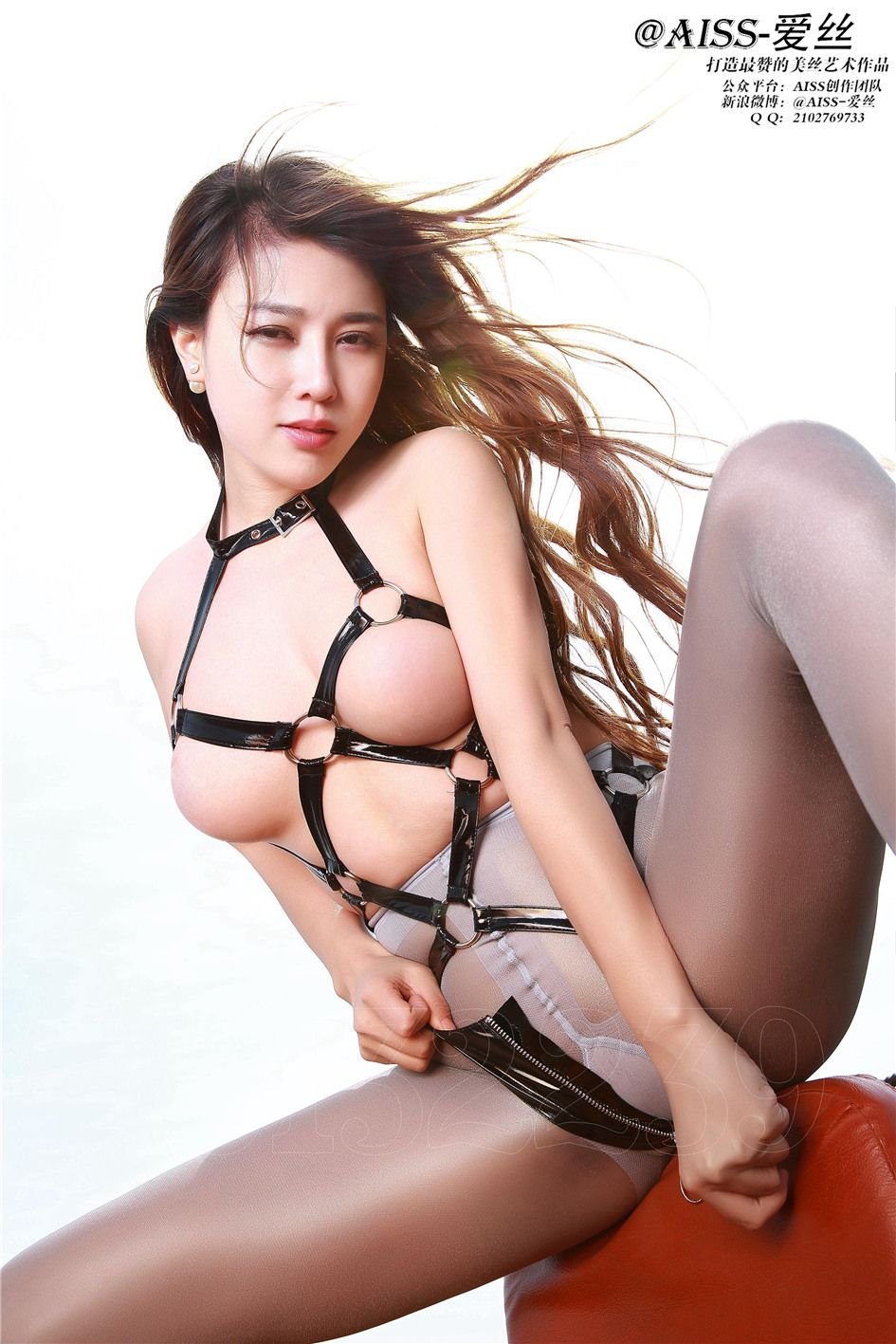 [爱丝]若兮第055期丝袜美女诱惑