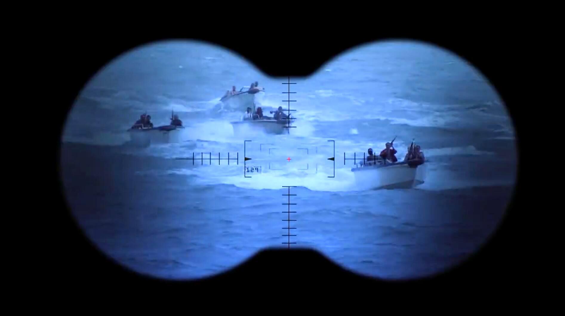 海盗胆真肥!竟敢组团对抗海军特战队!霸气海军团灭海盗!