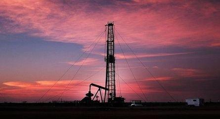 中国原油储备突然增加4倍,对油市起影响将不再只有美沙俄?