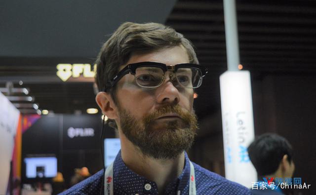 LetinAR运用小孔成像带来另样的AR眼镜解决方案