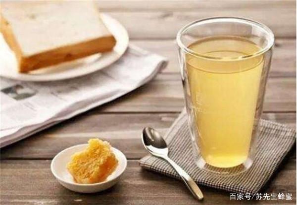 蜂蜜直接吃好还是冲水喝好?买的蜂蜜可以直接吃吗?