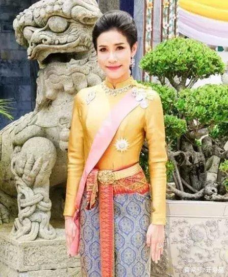 命理分析 泰国美女贵妃册封不足3月即被废 如今下落不明生死未卜