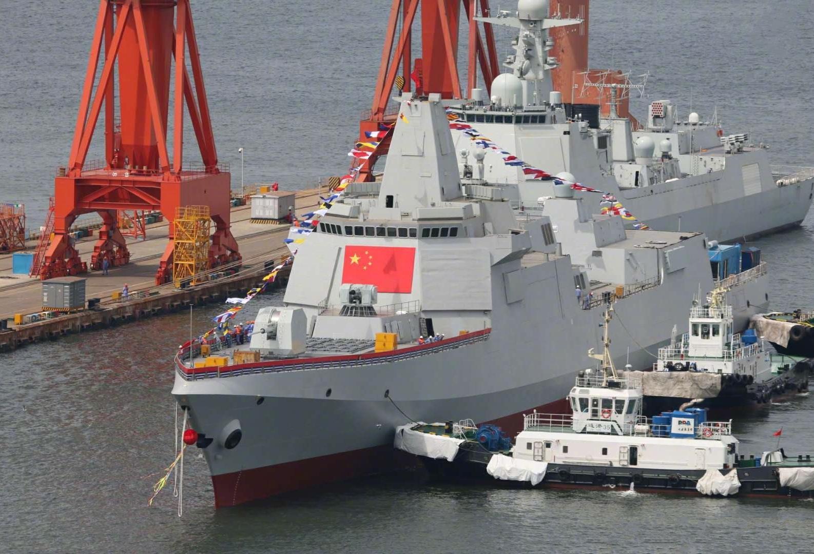 055大驱拉萨舰揭幕,美专家:美军对华的最大优势正在逐渐丧失!