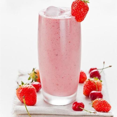 草莓椰奶奶茶配方|奶茶店冬季不可缺少的饮品配方!新手也能操作