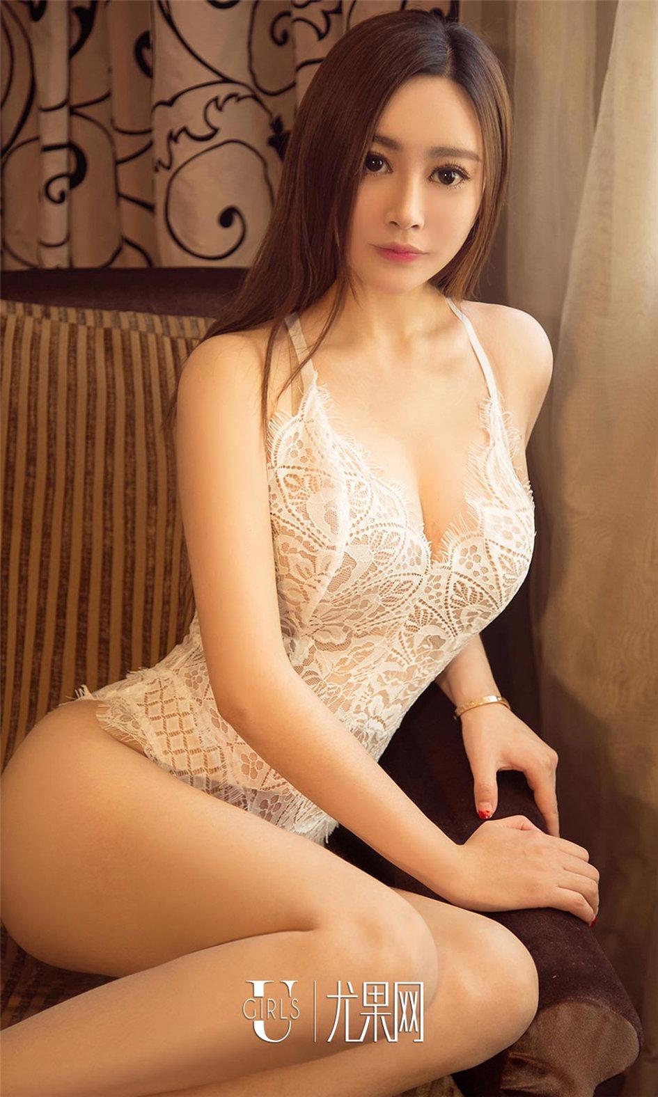 [ugirls尤果网] 气质清纯美女模特纳兰绝对走心写真图片