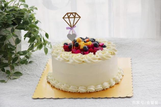让生日更有意义,教你如何自制生日蛋糕,简单易上手满满的成就感