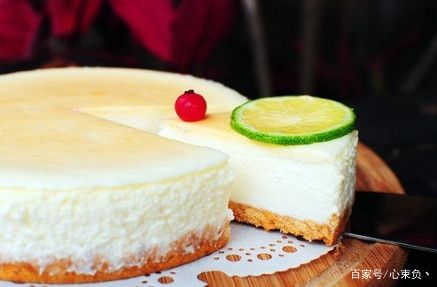 天使蛋糕搭配柠檬慕斯,美食的浪漫,会让你沉醉于此!