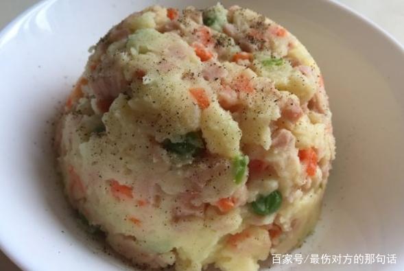 可以做早餐和下午茶的食物,蘑菇烤鸡蛋,牛奶火腿土豆泥