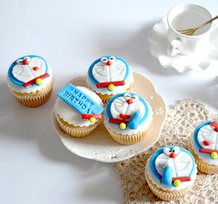 可爱的哆啦A梦蛋糕制作教学,好看又好吃