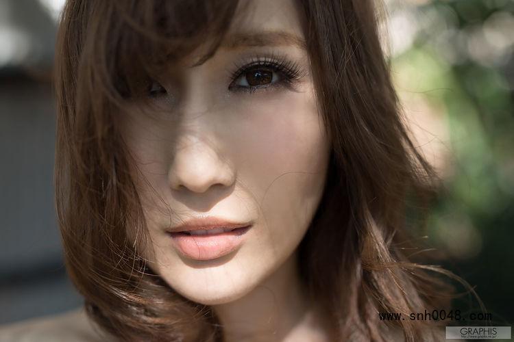 京香julia遭负债丈夫欺负,还在WANZ-956中抖动美女胸部
