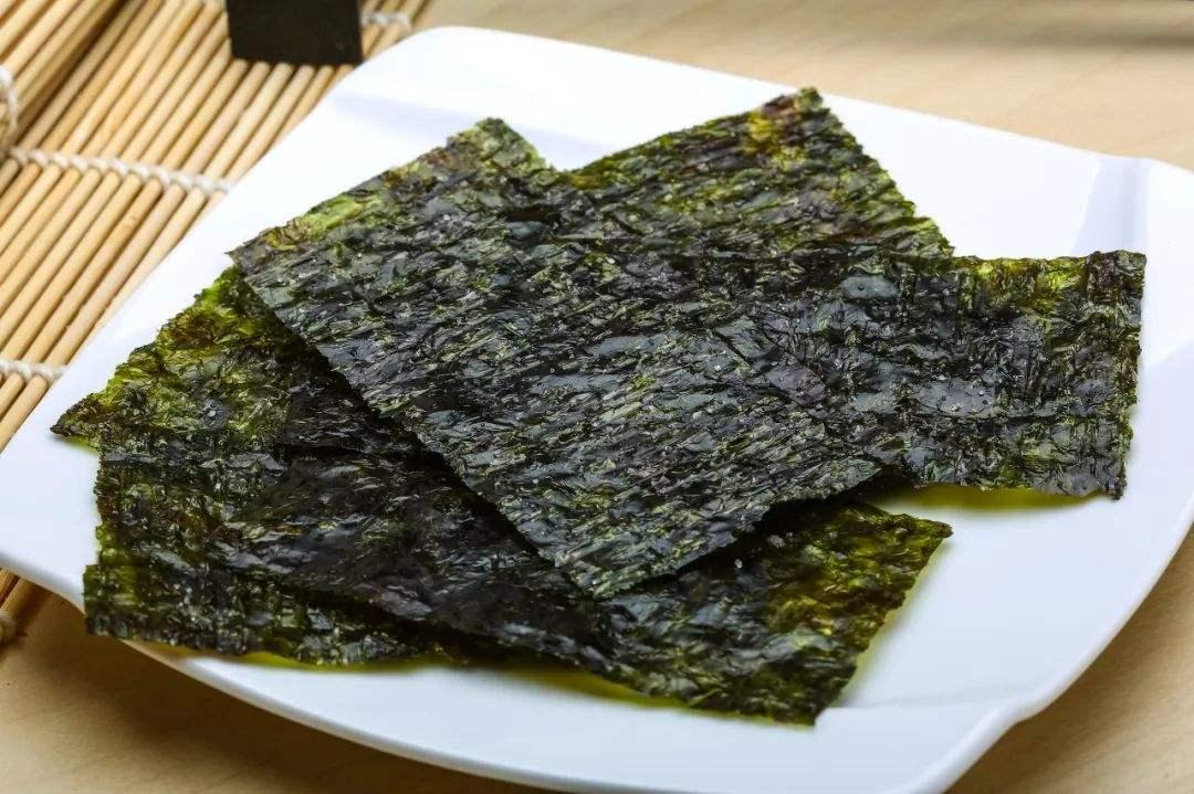 """海苔和紫菜都是""""海草"""",为啥海苔价格却那么贵?真相原来是这样"""