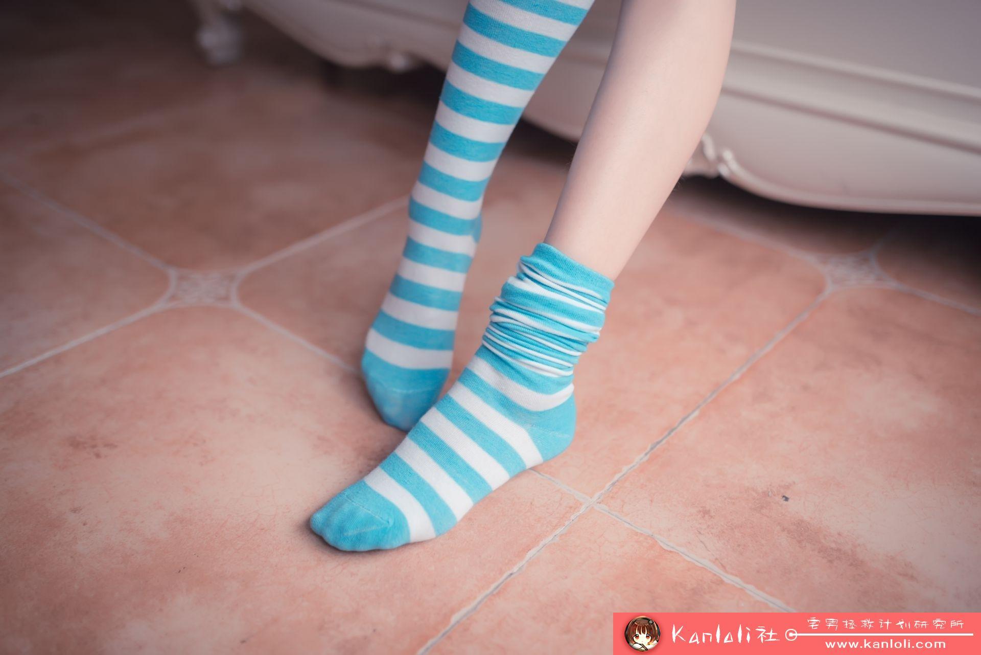 【风之领域】风之领域写真 NO.014 蓝白条纹丝袜小可爱 [50P-257MB]