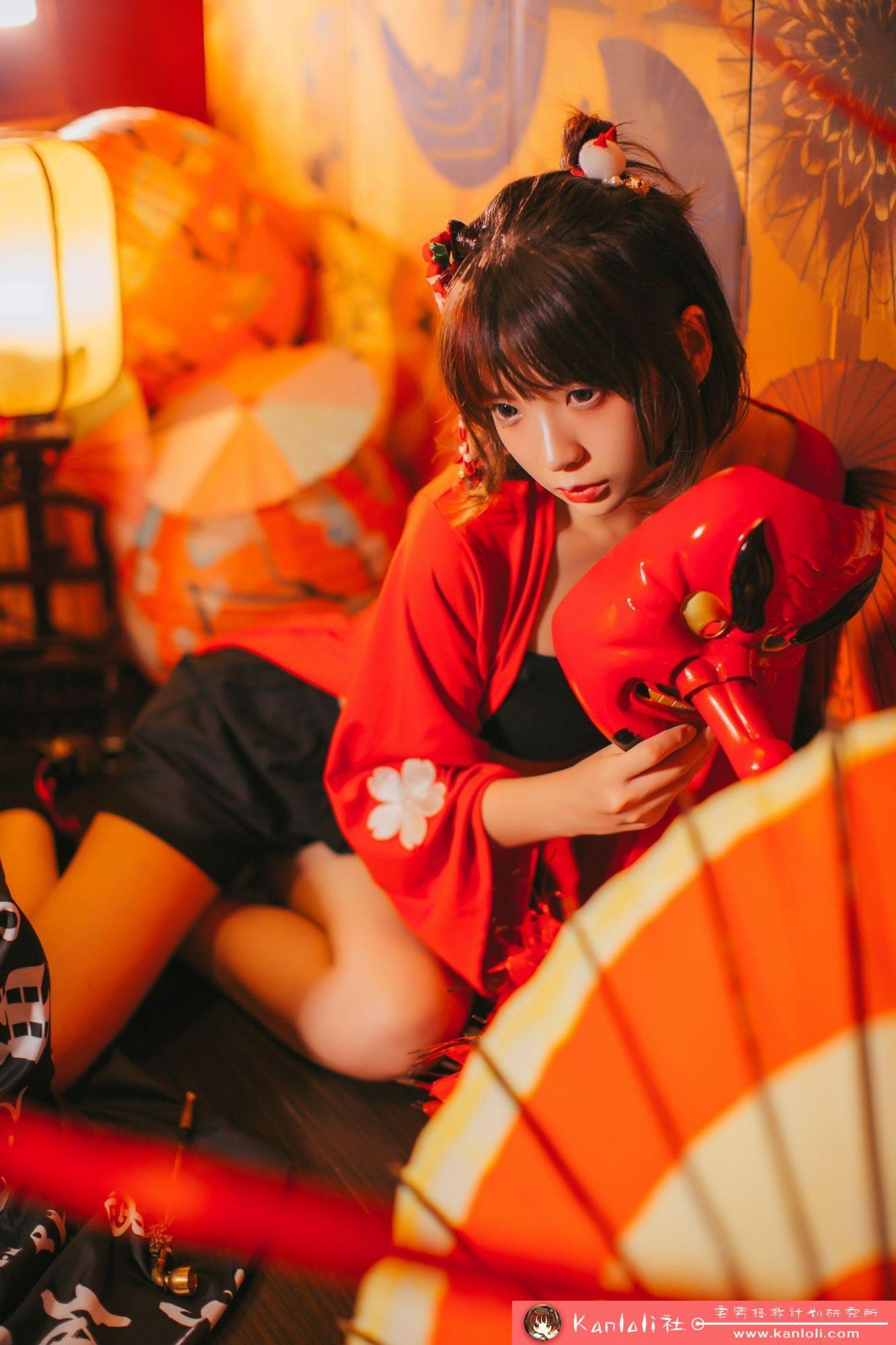 【疯猫ss】疯猫ss写真-FM-027 日风黑色抹胸 [10P]