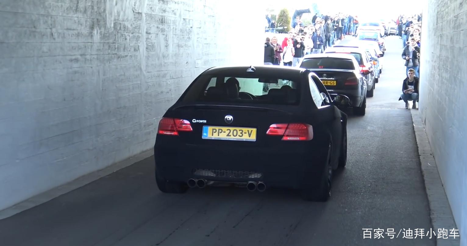 聚会上看到一台宝马M3,车标是大写的G,网友:马力不输法拉利