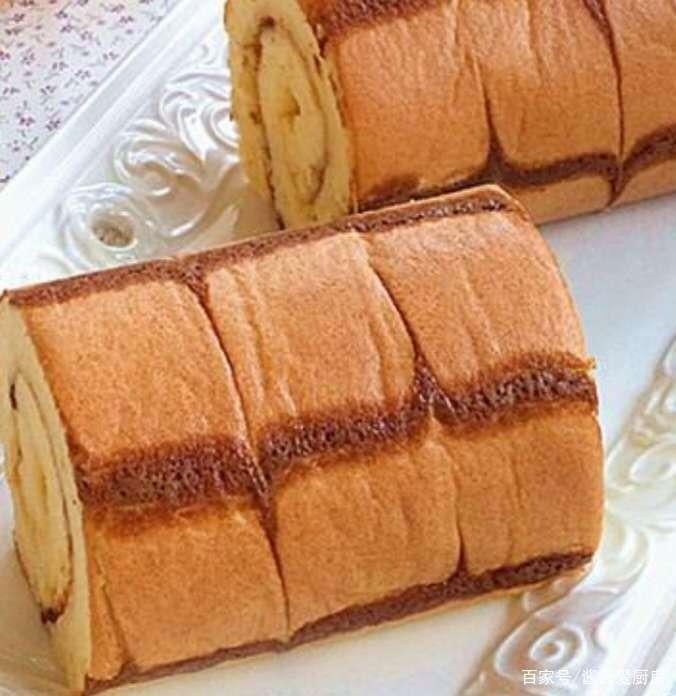 怎样做出超好吃的千叶纹菠萝夹心蛋糕卷,快跟我学起来!