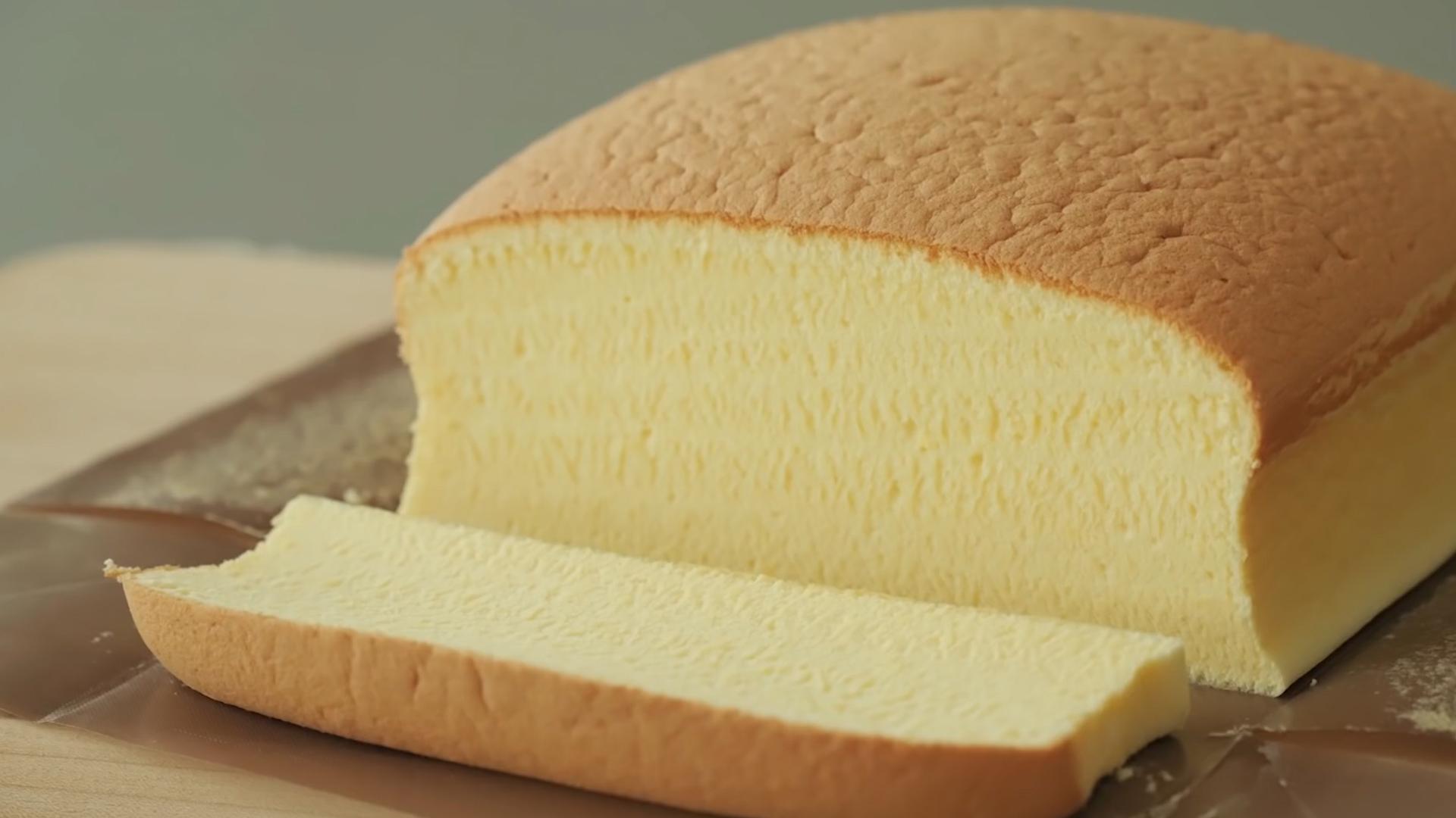 炼乳可以做蛋糕?奶香味超浓郁的炼乳戚风蛋糕,0气孔超细腻组织