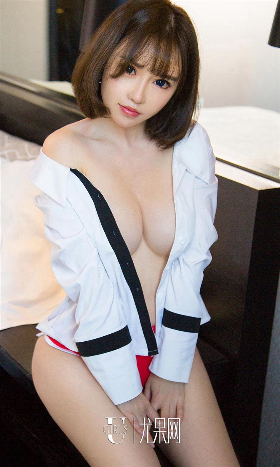 [ugirls尤果网] 丰满美女韩恩熙美臀美乳性感室内写真图