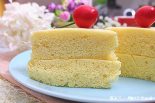 不用烤箱也可以制作出柔软蓬松的蛋糕,一起来学习吧!