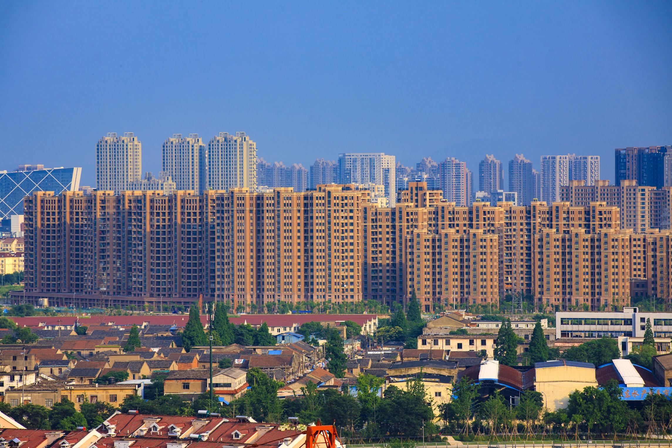 """明年起,高楼""""全面消失""""?住宅实施""""新标准"""",2类人从中受益"""