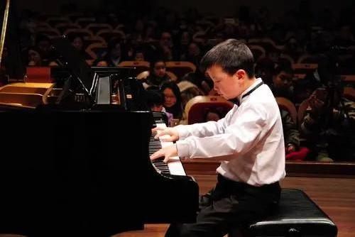 """从小学琴到考入""""上音钢琴系""""需要多少钱?"""