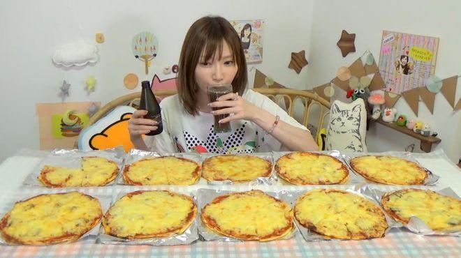 木下佑香-美女大胃王,一顿吃10个披萨,这胃口没谁了