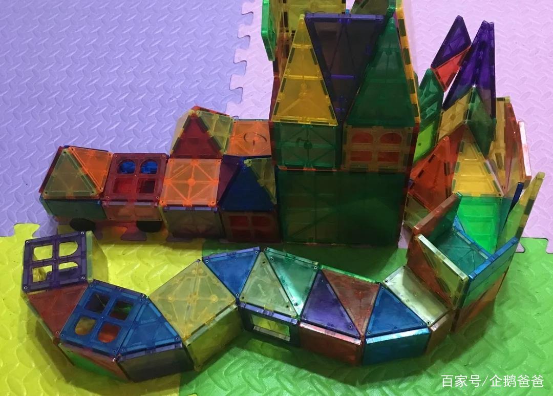 我用一套磁力片,把小学数学的基本概念都教给娃了!