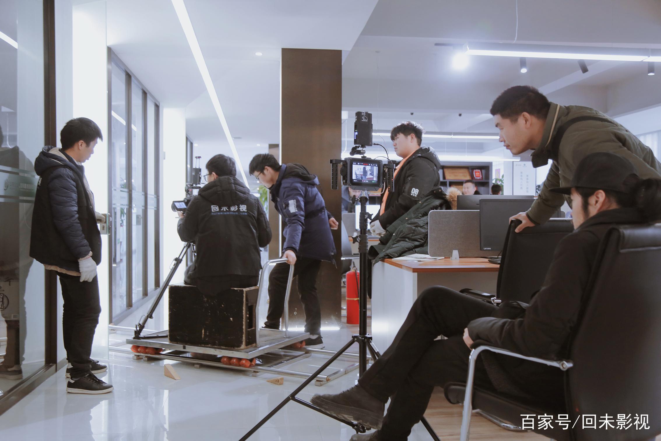 郑州国酒企业宣传片拍摄花絮欣赏,一瓶酒换一套房,长见识了!