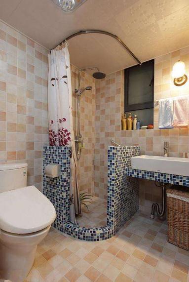 小户型卫生间装修别装淋浴房了,这样设计更加美观省空间
